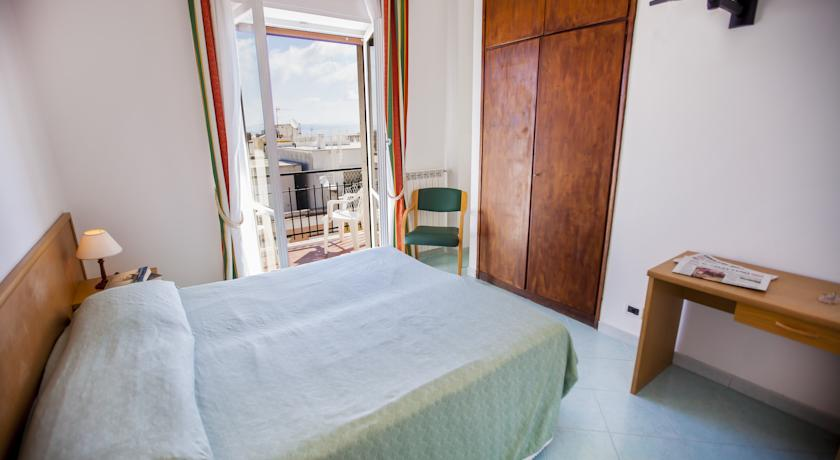 Camera matrimoniale ad Ischia
