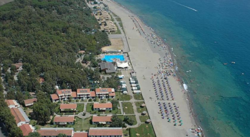 Camping  Residence sulla costa Jonica della Calabria.