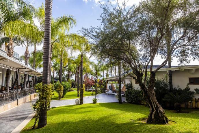 Hotel 4stelle con giardino 15minuti dalla spiaggia Battipaglia
