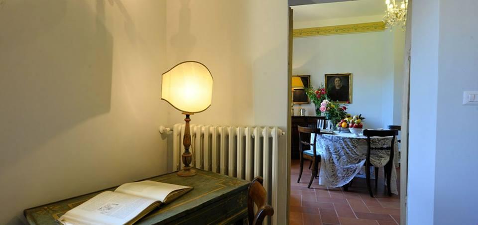 Ingresso suite con salone villa esclusiva Perugia-Piscille