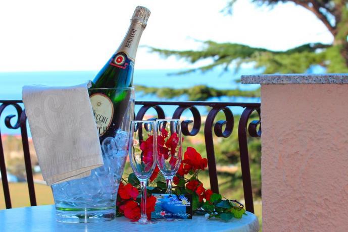 Weekend romantico vista mare Hotel vicino Capo Vaticano