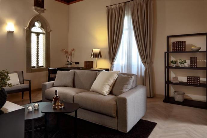 Camera con soggiorno albergo di lusso Perugia