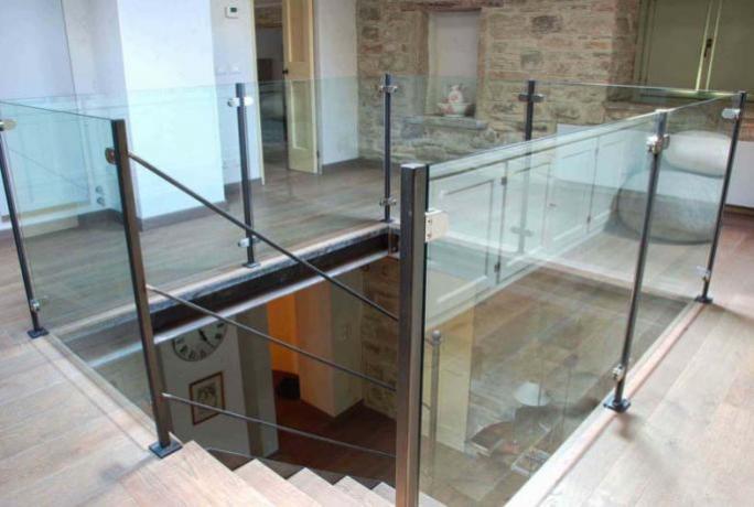 s1-10 parapetto ferro e  vetro