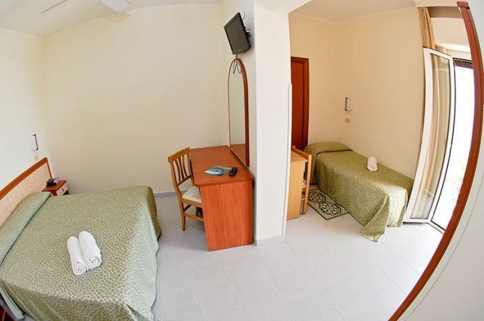 Hotel*** Torre Cerrano, camera tripla, fronte mare