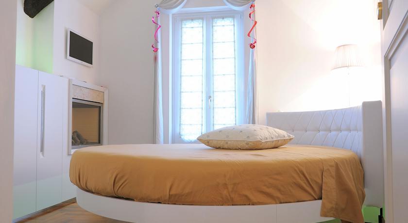 Suite con Camino a Martina Franca, Puglia