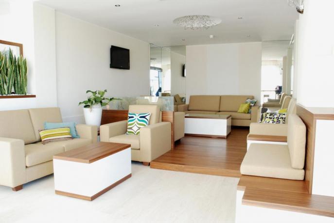 Sala relax con Tv in Hotel a MilanoMarittima
