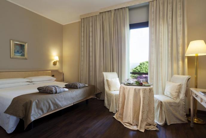 camera con vista, hotel 4 stelle, viterbo