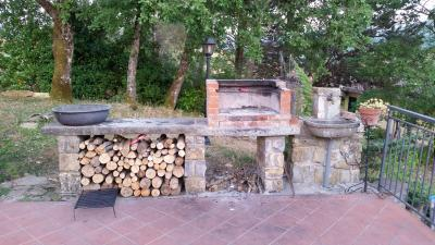 Area barbecue attrezzata
