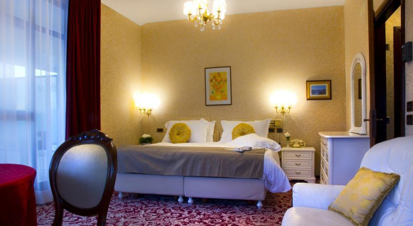 Camere per Famiglie in Hotel a Chianciano