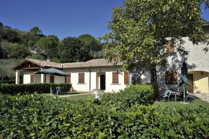 Agriturismo con Appartamenti vacanza in Valnerina a Ferentillo TR