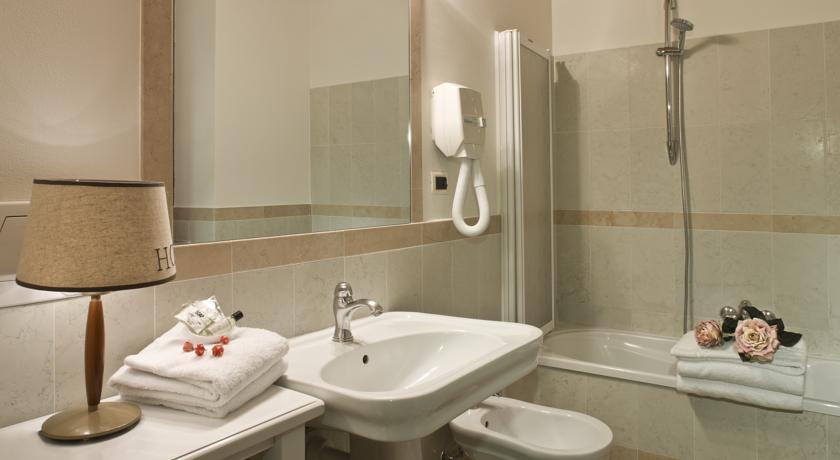 Suite con Vasca in Hotel a Bra