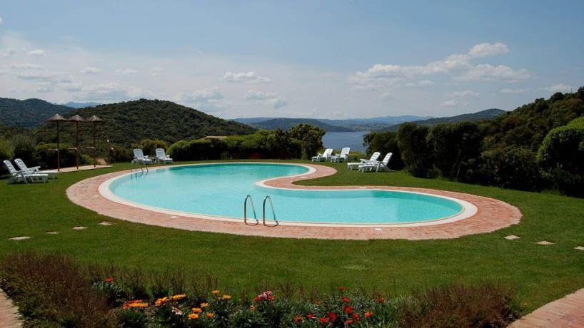 Piscina Resort4stelle ideale Relax Sardegna
