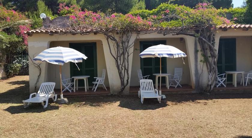 Cottages con vista e giardino privato
