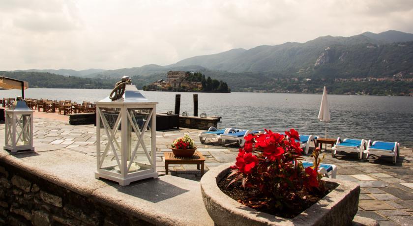 Esterno albergo sul Lago D'Orta