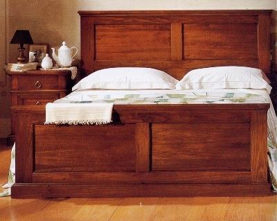 Produzione e vendita di camere in legno massello in umbria.