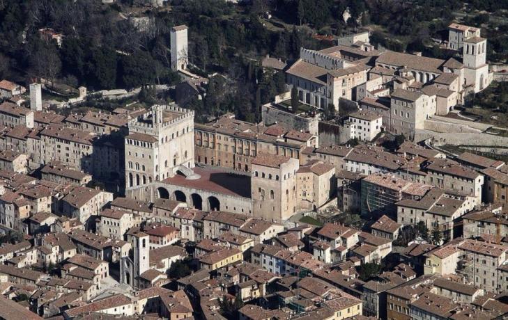 Vista Centro Gubbio, citta medievale Umbra