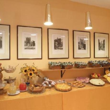 Bar con colazione Hotel ad Assisi