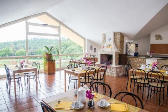 Sala ristorante in Agriturismo vicino Roma
