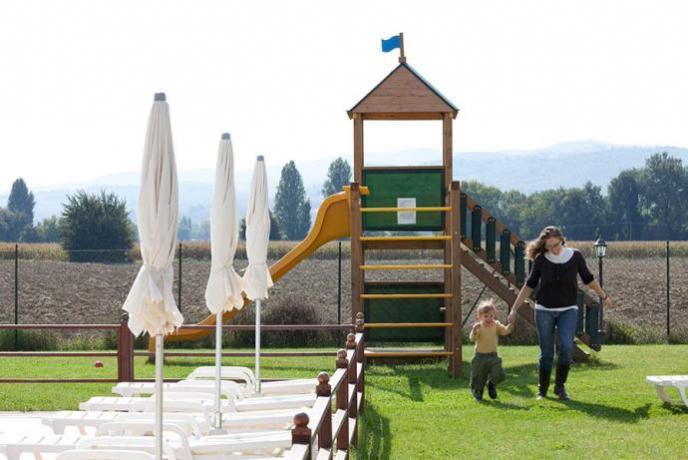 parco giochi per bambini agriturismo di campagna