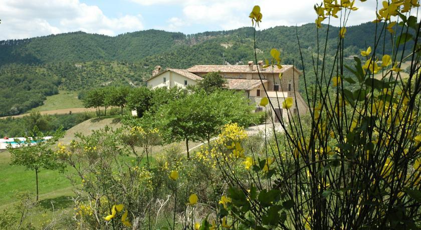 Agriturismo vicino a Monte Cucco e Monte Calvo
