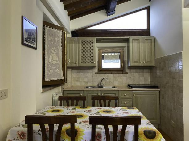 LaCapanna- Cucina/SaladaPranzo appartamento accogliente in Umbria