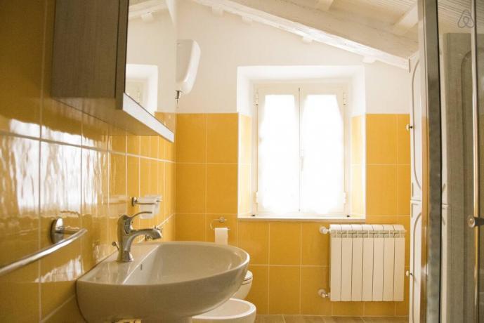 Bagno uso privato in casale rurale Gualdo Cattaneo