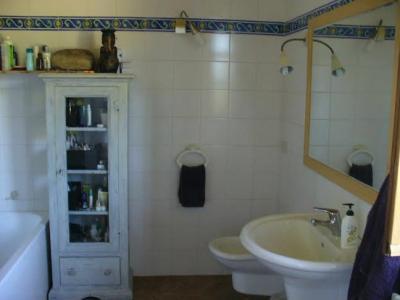 Bagno privato camere casale in Umbria