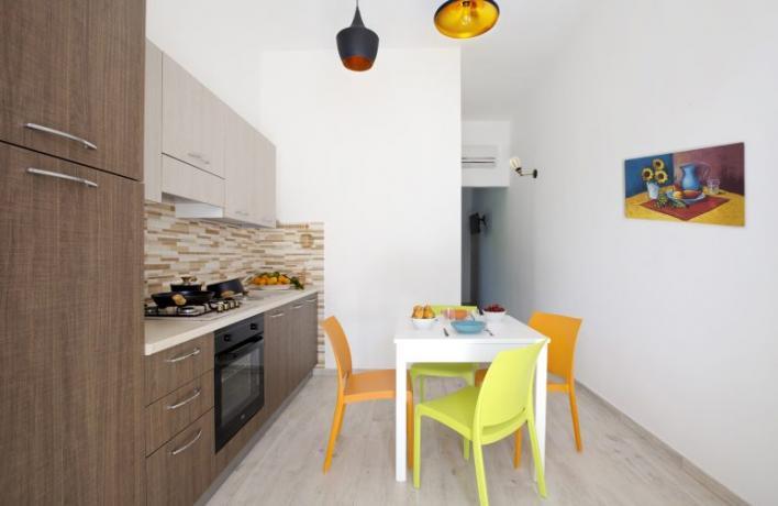 Appartamento-vacanze Romantic cucina e soggiorno San-Vito-lo-Capo