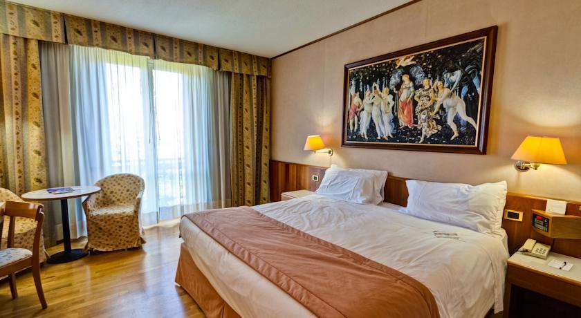 Camere Letti King Size in Hotel Norcia Valnerina