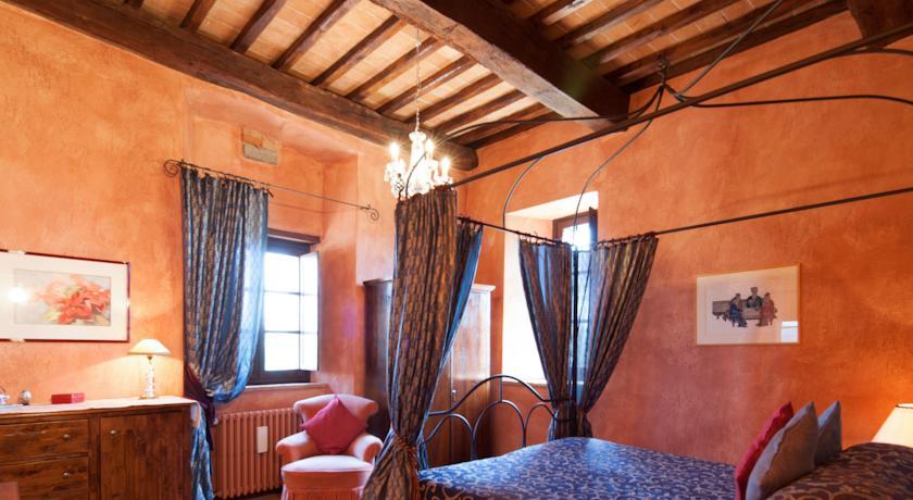 Camere Romantiche e Ristorante in Relais Todi