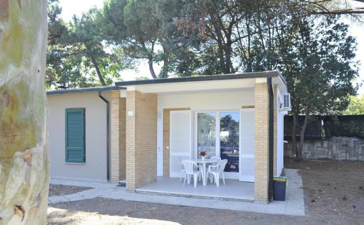 Appartamento con veranda arredata Baia Domizia