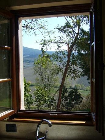 Vista panoramica delle colline pisane in bilocale