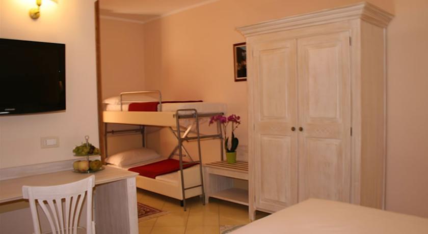 Camere ideali per famiglia in Hotel Tortora