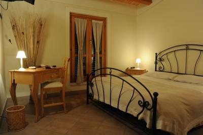 Camera matrimoniale in hotel vicino Gubbio