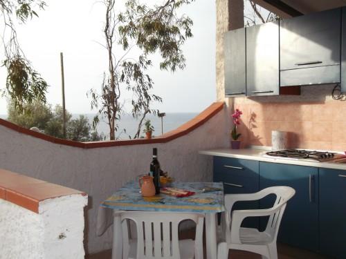 Appartamenti Vicino al Mare con Veranda Esterna
