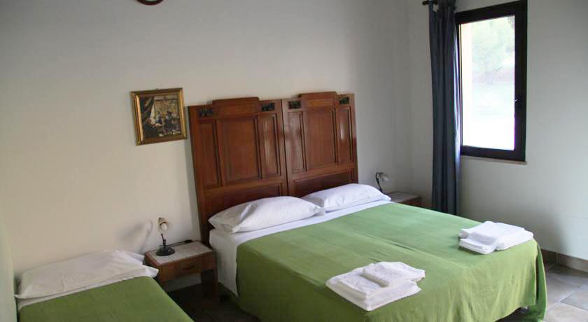 Camere con servizi privati, Senigallia