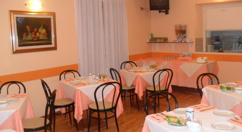 Sala Colazioni dell'albergo a Fabriano