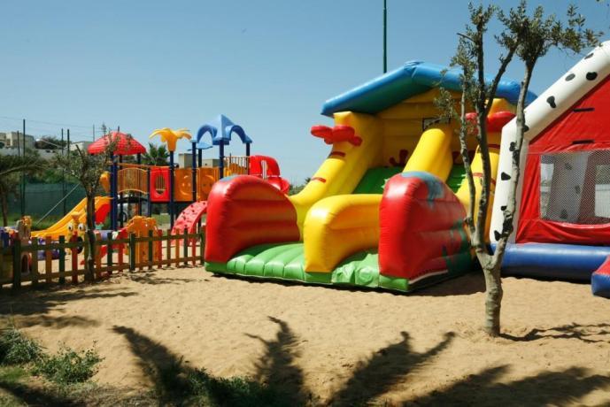 Villaggio dello sport con Gonfiabili per i bambini