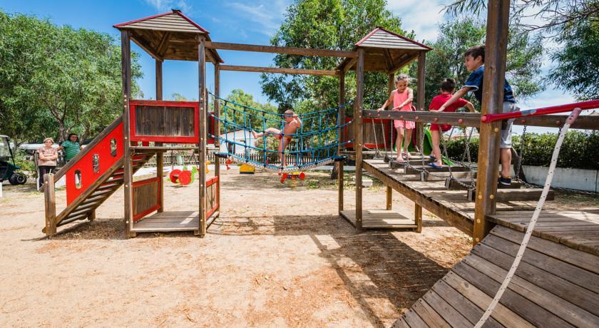 Residence vicino Crotone con Area giochi Miniclub