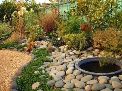 Creazione giardini originali progettazione giardini e for Giardini arredo esterno