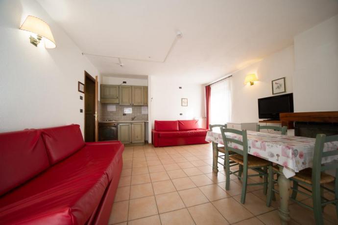 Monolocale 4persone casa-vacanze Bardonecchia con 2 divani letto