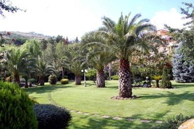 Hotel a Durazzano con ampio giardino