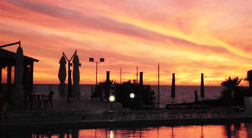 Tramonto Mozzafiato sul Mare ad Anzio