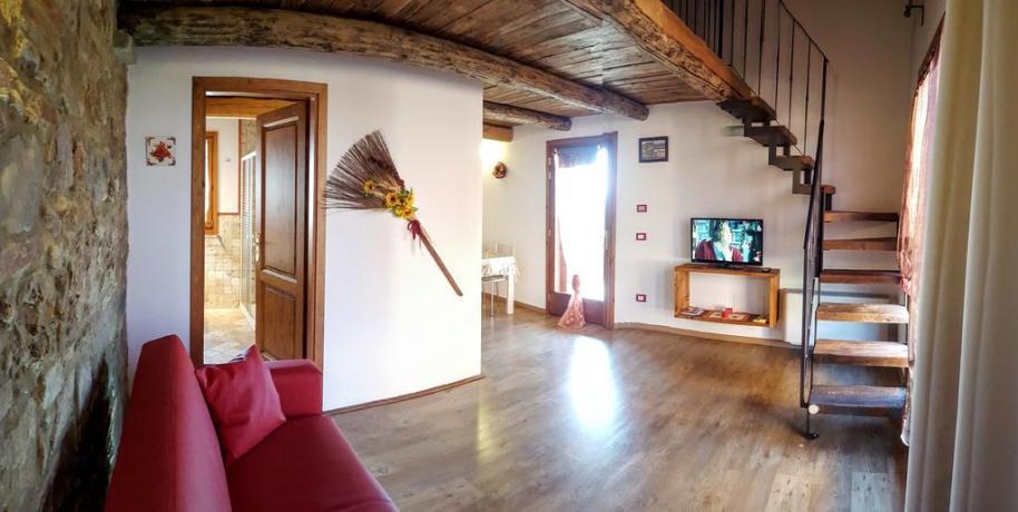 Camera Matrimoniale vicino Livorno con Piscina