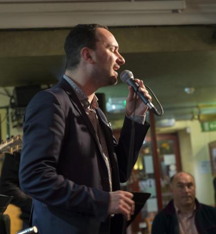 Lezioni di Canto Jazz: Fabio-Lepore Cantante-Jazz Professionista