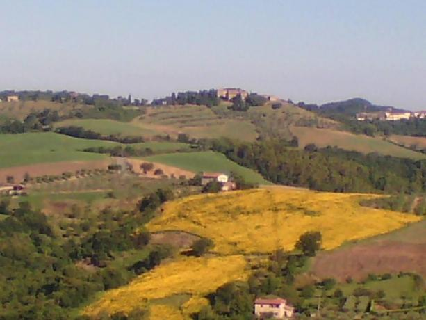 Veduta paesaggio umbro a San Terenziano