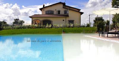 Relais con Piscina, Alvito, Roma