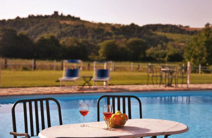 Appartamenti Vacanza a Todi con Piscina