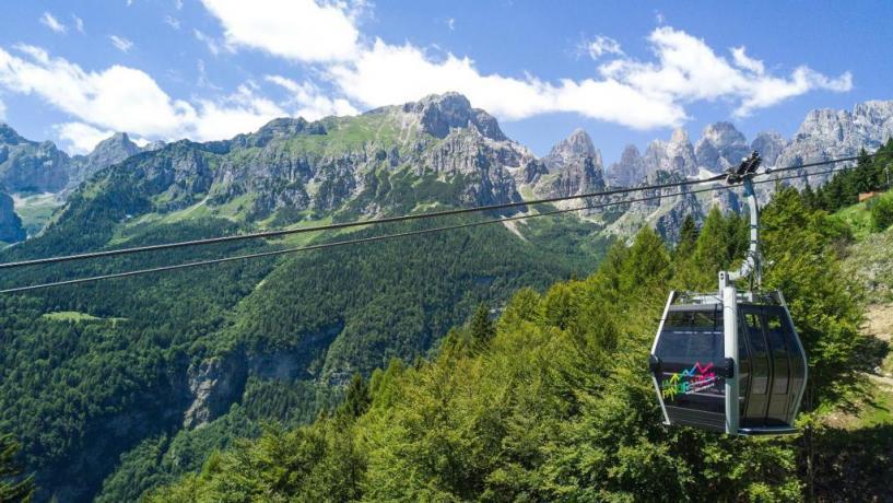 Hotel Trentino con funivia disponibile