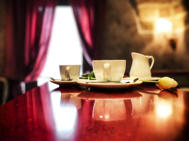 Colazione in albergo con ristorante e centro benessere